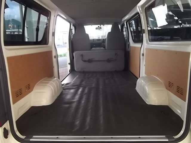 Toyota Hiace load space