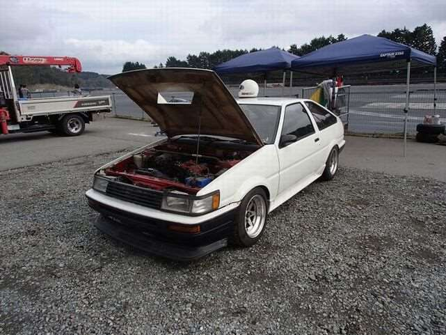 4A-G generations. variable valve timing 165ps at 7,800rpm Sprinter Trueno