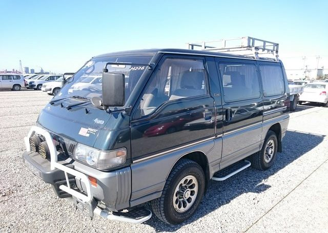 Delica Star Wagon
