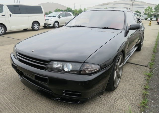 1991 GT-R (R32) exported by Japan Car Direct