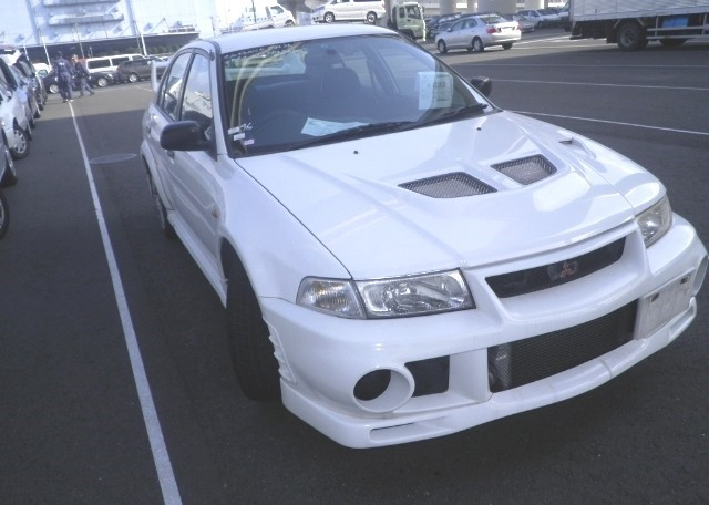 Mitsubishi Lancer Evo IX : 2000 Lancer RS Evo VI exported by Japan Car Direct