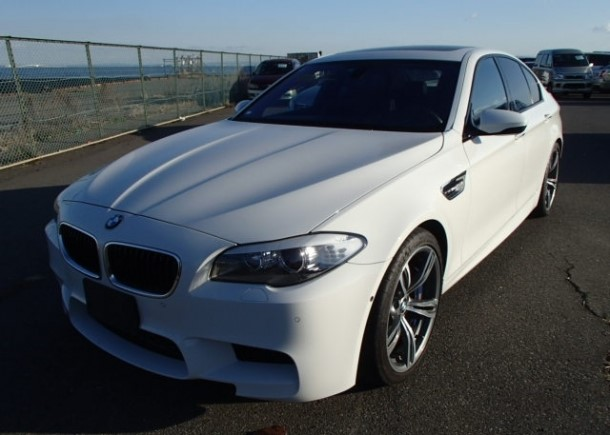 BMW M3: A 2012 BMW M5 exported by Japan Car Direct