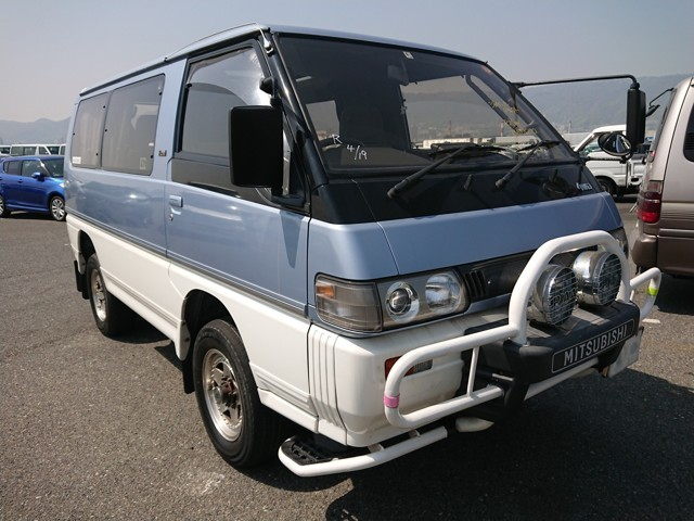 Mitsubishi Delica Star Wagon 4wd turbo diesel engine clearance van jdm import japan