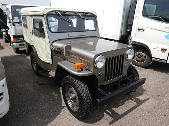Low mileage great condition big selection JDM Jeeps soft top manufactured in japan