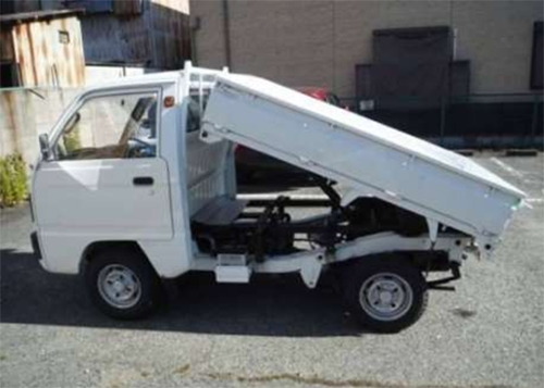 White JDM 1988 Suzuki Carry dump truck in pristine condition