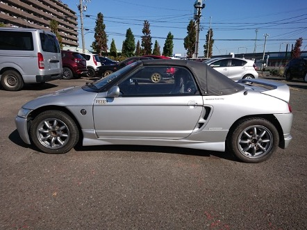 JDM kei turbo car 660cc engine manual 5 speed transmission low mileage kilometer pocket rocket