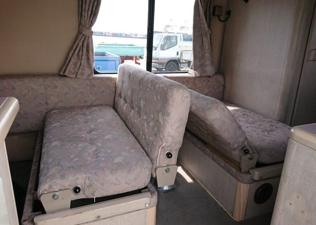 Japanese camper seats 7 sleeps 6