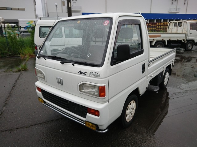 Kei trucks turbo cars excellent gas mileage durable recession beater 4wd rear diff lock 5 speed transmission A/C