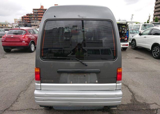 Subaru Sambar Diaz rear end engine access large rear window