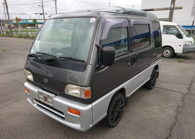 Subaru Sambar Diaz mini van spacious sleep in storage