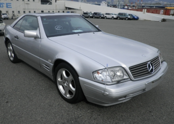 1996 Mercedes Benz SL500,silver finish,5-spoke alloy wheels,removable body-colored hardtop, left front view