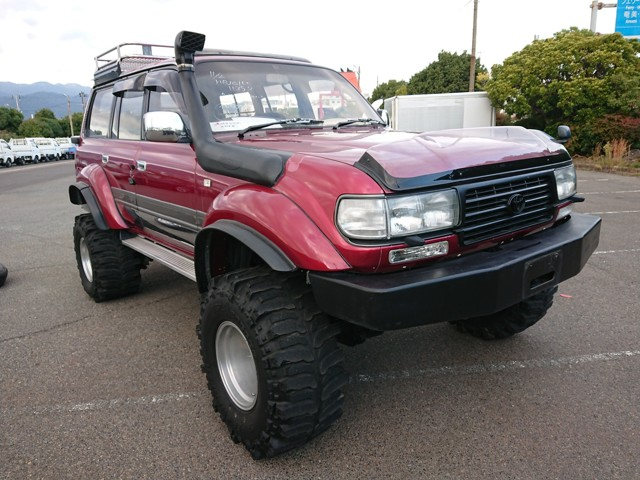 Diesel Tough JDM 4wd custom parts modified 25 years old import export japan auctions