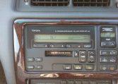 Three Liter Crown Majesta JZS-140 Series original Toyota sound system