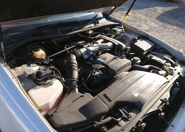 Three Liter Crown Majesta JZS-140 Series iron block 2JZ-GE engine