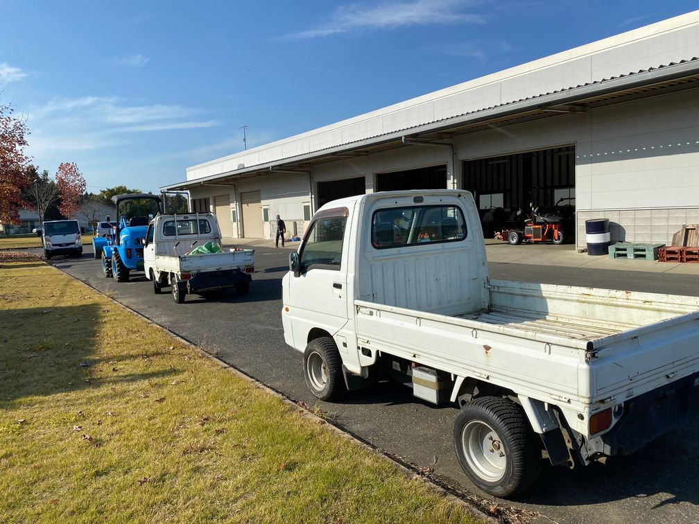 Kei Trucks used at Golf Course in Japan. Import direct from Japan to UK