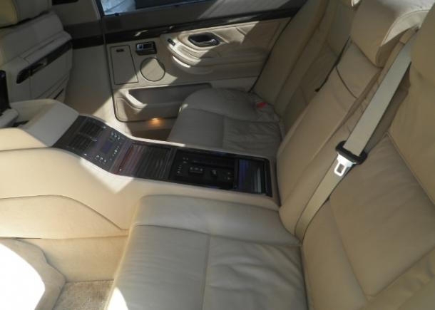 1997 BMW L7 rear seats