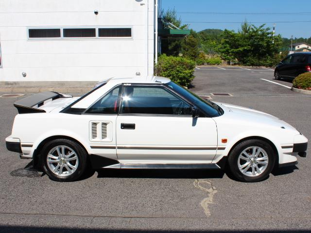 MR2 AW11 found in Japan for easy export to USA and Australia. Low miles clean car