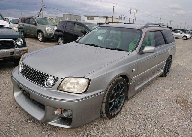 2000 Nissan Stagea 260RS Autech Version front left