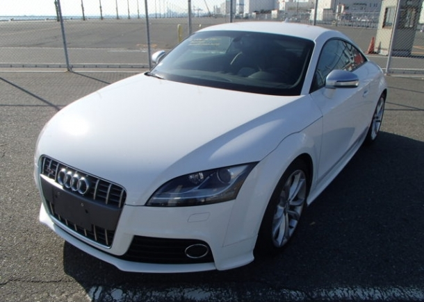 Import a clean used Audi from Japan with Japan Car Direct