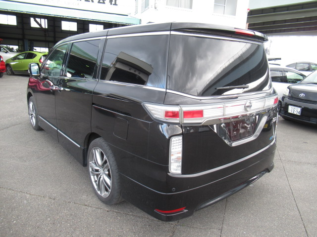 Large people carrier Camper Conversion 7 passenger Clean 2.5L Service records Low cost cheap buy and sell import export today and have it sent to you directly JDM Japanese auctions Easy process