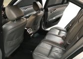 The rear seats of a Mercedes-Benz S 320 CDI limo