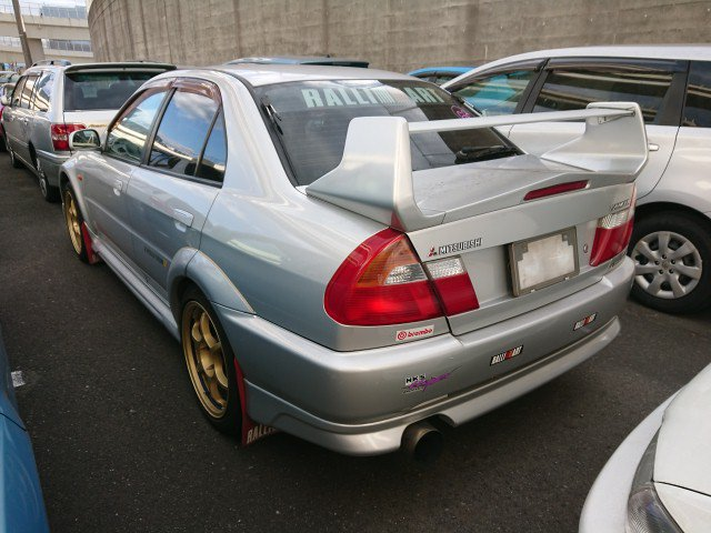 S and E Lancer Evo to NZ IN TEXT PHOTO 4. Mitsubishi Lancer GSR Evolution V from Japan. Imported direct from Japan via JCD