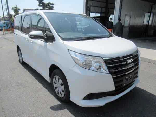auction car in japan, auto japan cars, buy a car from japan, auto parts from japan, Toyota Noah, van, people carrier, mpv