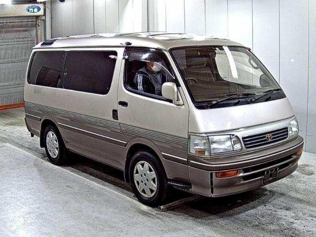 Classic people carrier, van, multiseater, camping, vacations, direct import from Japan