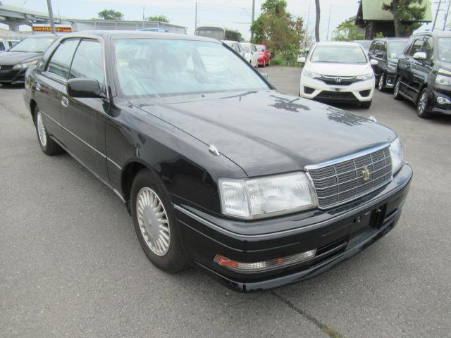 CEO luxury sedan used to chauffeur high power executives, built like a tank, reliable and ultimate quality. Ship directly to your door via auction bargain, easy process, simple shipping